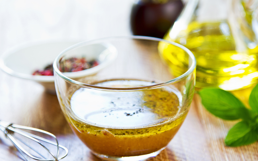 bigstock-Homemade-Salad-Dressing-wp